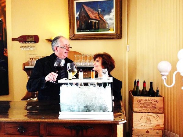 photo-vins-verres-restaurant-le-lion-dargent